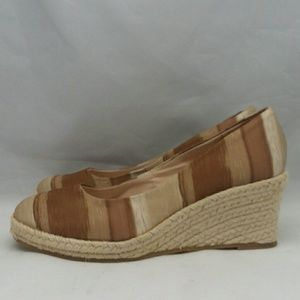 Hush Puppies slip-on Wedge Summer Shoes 8 wide